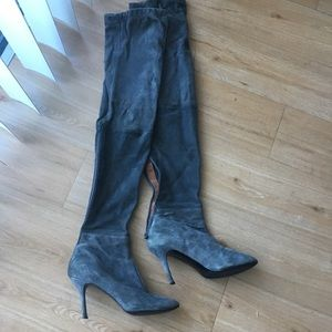 Zara thigh high gray suede boots sz 39